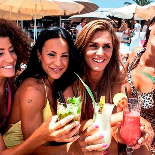 5 places in Ibiza to enjoy a coktail in front the sea