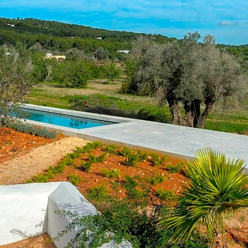 Ibiza Country Villas, Professionalism and Personalized work